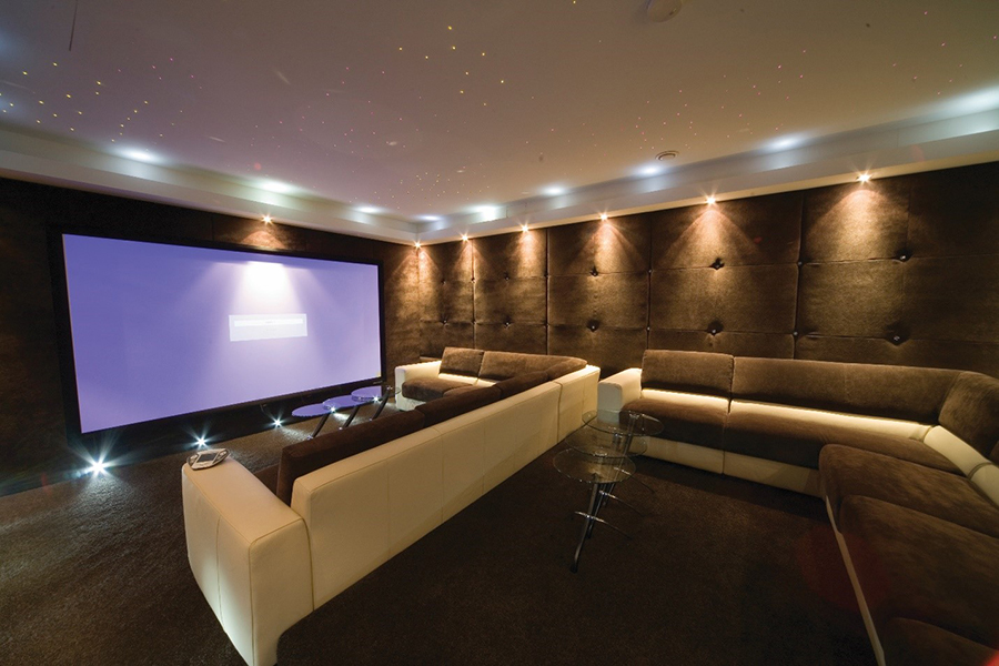 Blog-How-Can-Home-Lighting-Control-Enhance- the-Media-in-Your-North-Shore-Residence